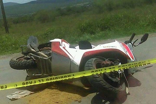 Muere motociclista arrollado por transporte de personal en Cortazar