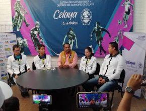 El director del SIDEC, recibió y felicitó a nadadores celayenses que participaron en CCCAN 2019